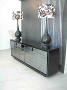 lamps-on-ny-buffet-copy_tn